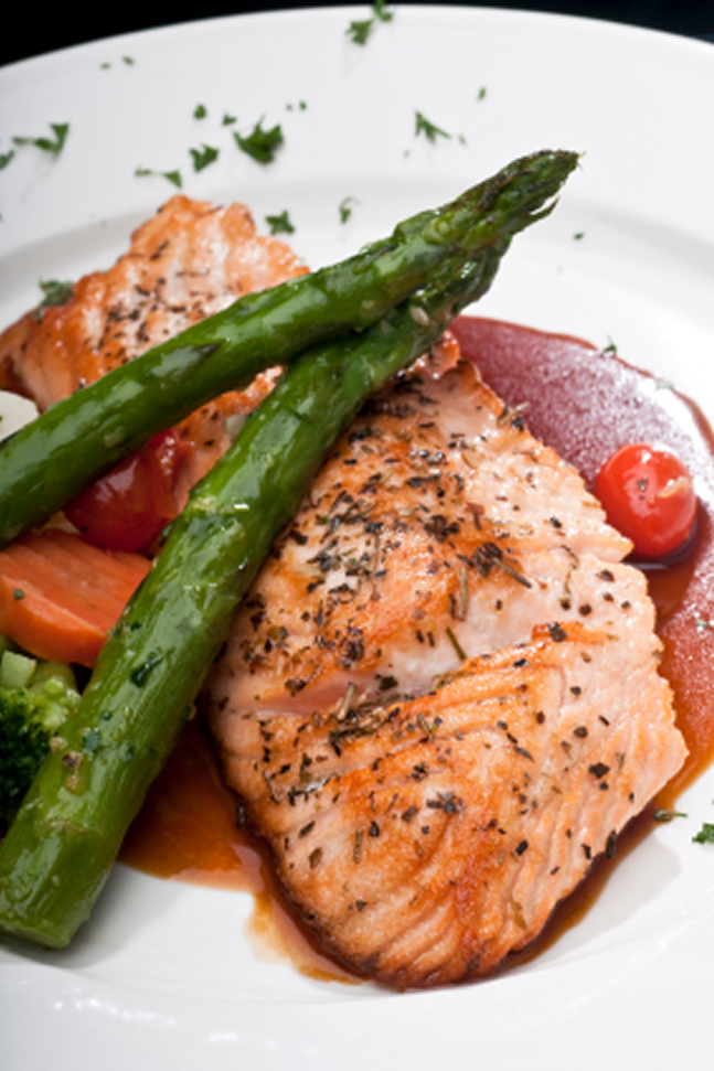 Salmon and Asparagus - Healthy Balanced Nutrition